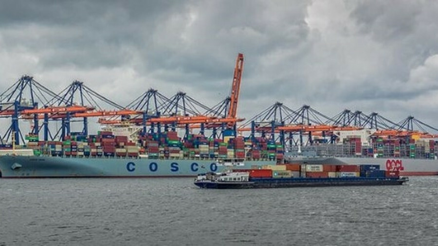 COSCO is reported to have deferred 10 of its 28 ULCS due to be delivered this year. Credit: Frans Be