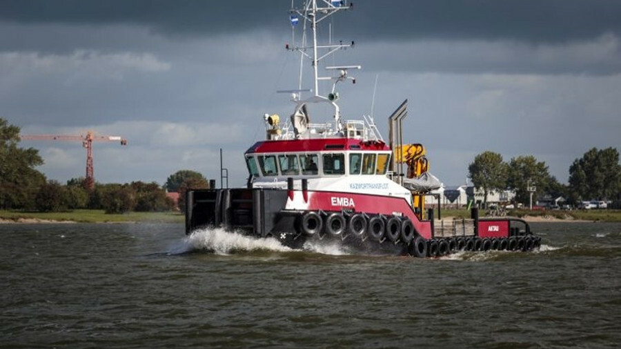 The Emba, one of three new shallow-water tugs deployed in the Caspian by Kazmortransflot