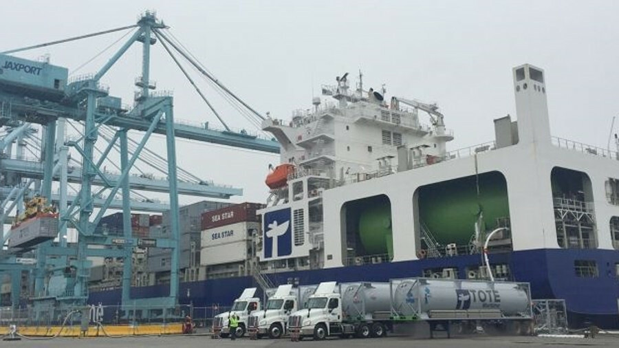 Isla Bella has been bunkered at its Jacksonville berth for the past two years using a fleet of LNG t