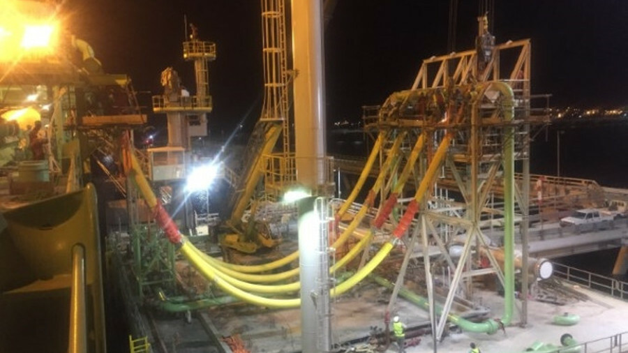 High-pressure natural gas hoses plus tower arrangement for FSRU discharges at Ain Sokhna in Egypt (c