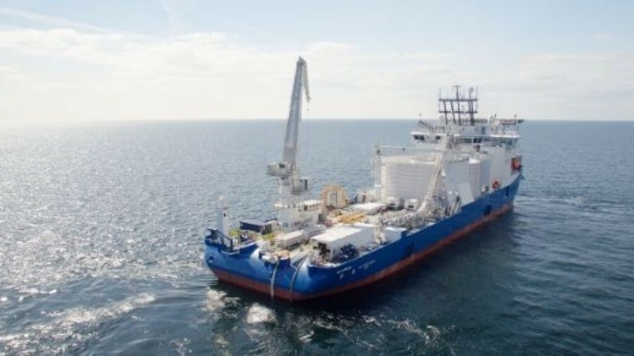 NKT Victoria is capable of carrying 9,000 tonnes of cable on two turntables