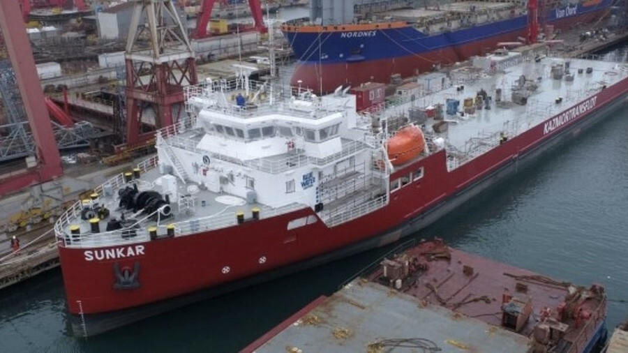 Kazmortransflot's vessels will assist in the construction of a Tengizchevroil generation plant
