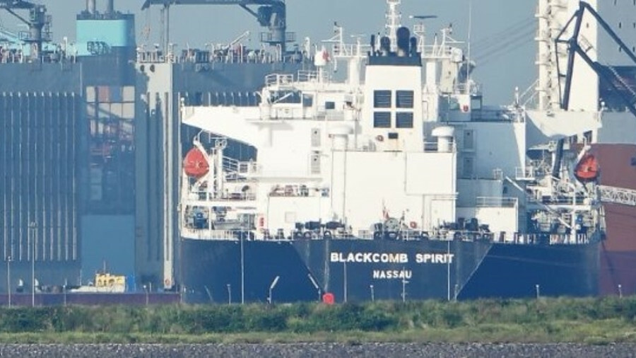Tanker contracting wilts in the heat of the summer