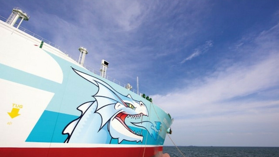 Stena Blue Sky's fire-breathing dragon logo caught the eye of the LNG carrier's Chinese hosts