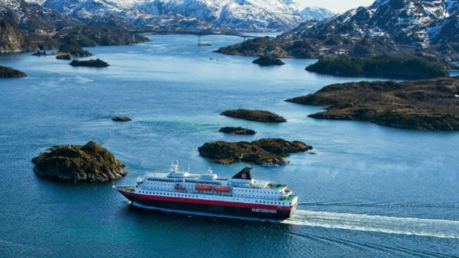 Hurtigruten's Richard With undergoing technical and interior refit