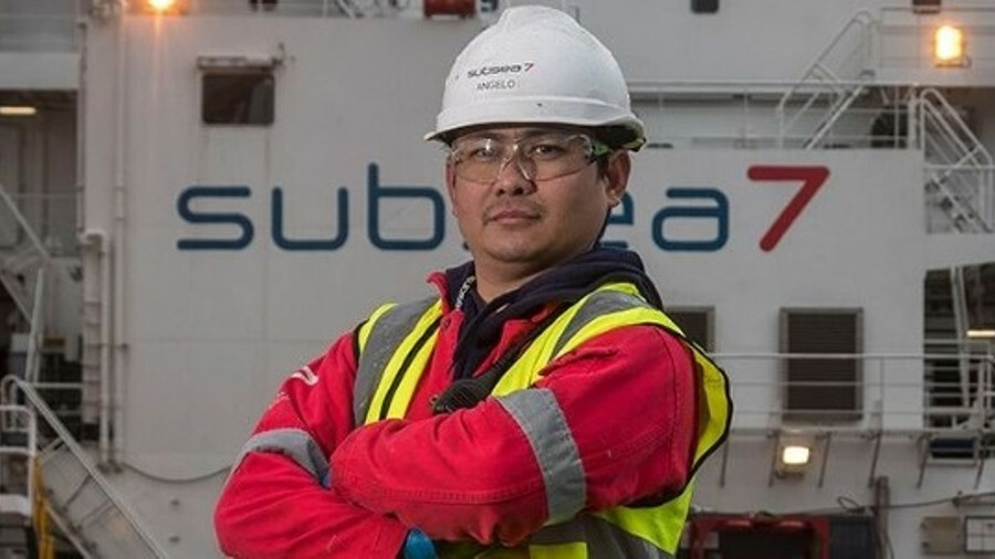 "Subsea 7 says the contract is ""sizeable"", defined as being between US$50M-US$150M"