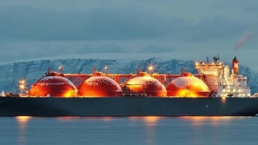 Charter rates for LNG tankers are in decline as the global fleet expands