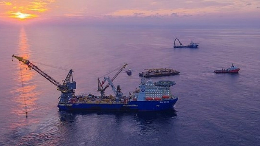 Pipelay vessel DLV 2000 worked on INPEX's Ichthys project offshore Australia