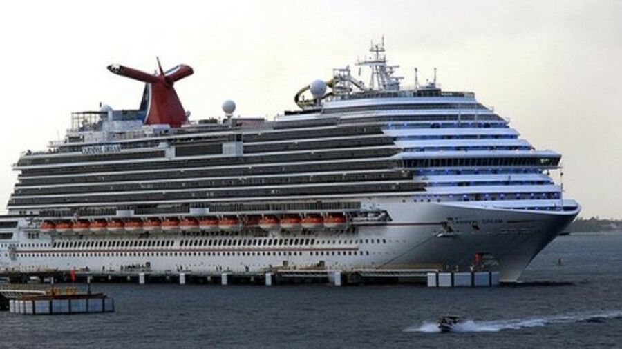 Carnival Dream's displaced lifeboat has been towed to a maintenance facility (credit: Flickr/Prayitn