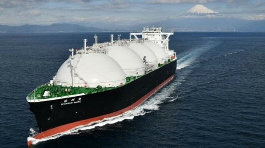 The 136,000 tonne dual-fuel <I>Shinshu Maru</I> is set to be delivered in February 2019 and has a 20