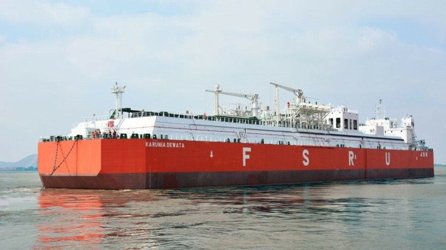 Karunia Dewata is the first mini-FSRU to be built in PaxOcean's Zhoushan shipyard