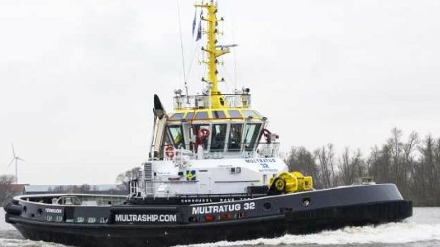 <i>Multratug 32</i> was the first CRT tug to enter service for container ship towage