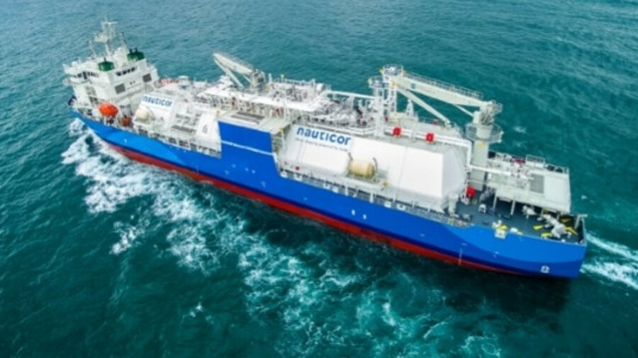 The LNG bunker vessel Kairos is capable of performing both ship-to-ship bunkering and transhipment o