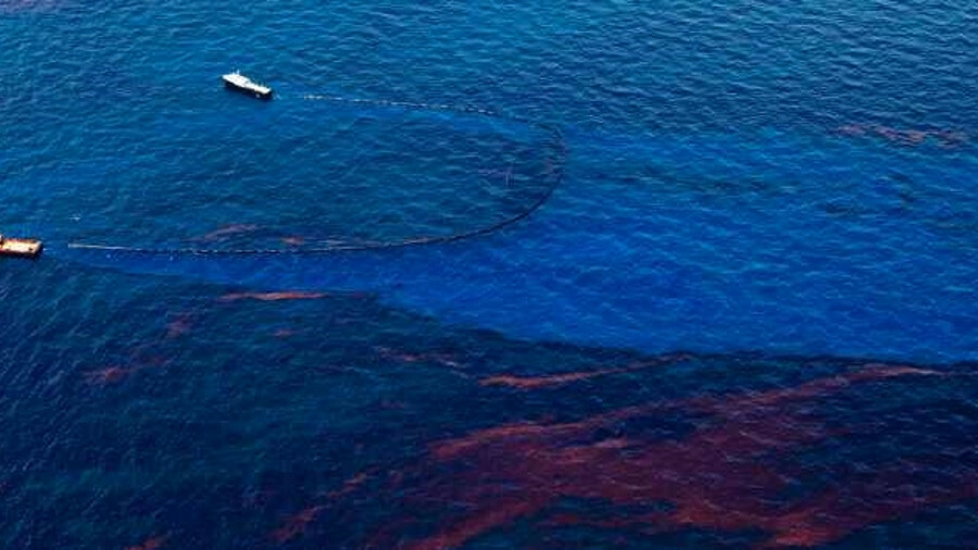 Aerial images of marine pollution: EMSA intends to use drones to monitor pollution in European water