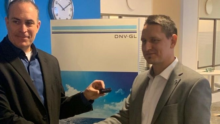 Naval Dome' Asaf Shefi (left) and DNV GL's global service line leader Mate J Csorba at DNV GL's Tron