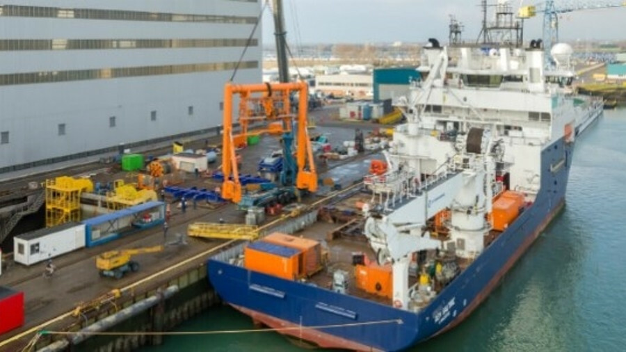 Oceaneering has chartered the subsea construction vessel Rem Saltire for two years