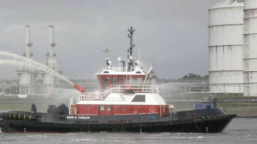 <i>Mark E Kuebler</i> is a Z-Tech 30-80 design escort tug with 81.5 tonnes of bollard pull
