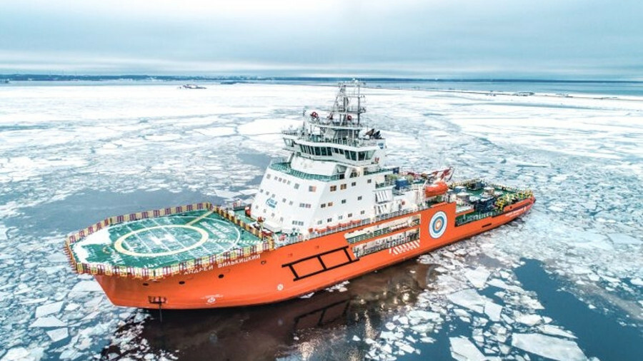 Icebreaking supply vessel Andrey Vilkitsky en route to the Arctic Gates terminal (source: Vyborg Shi