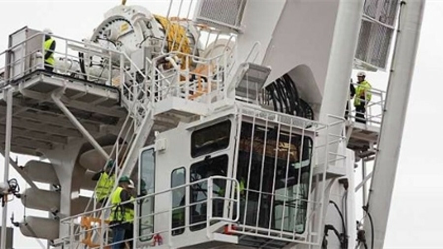 Fibre-rope crane lifts heavier loads for less