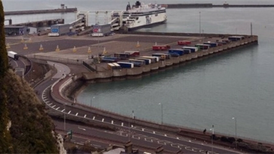 X Shortsea container services could be used instead of trailers at the Port of Dover post-Brexit (cr