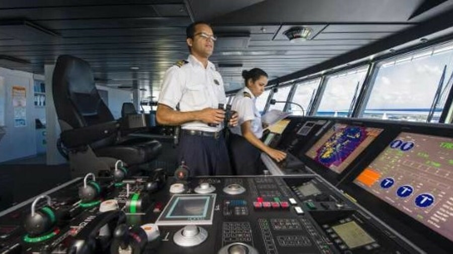 Sperry Marine supplied an integrated bridge system to cruise ship <i>Allure of the Seas</i>