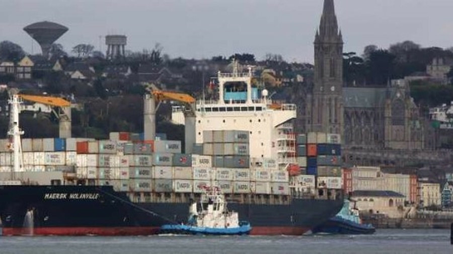 Tugs manoeuvre a Maersk Line container ship in the Port of Cork