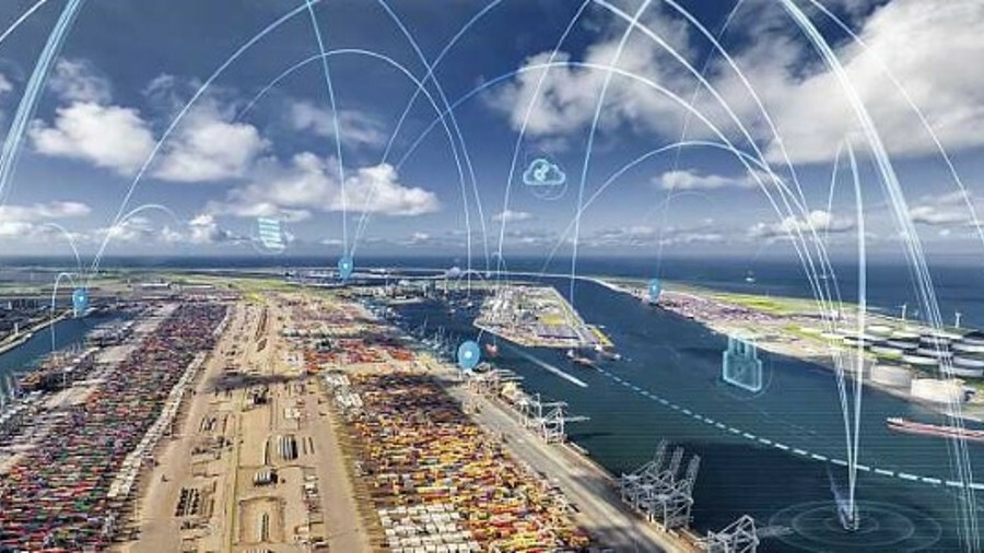 X Further applications of IoT in Rotterdam will include use of edge computing (credit: Port of Rotte