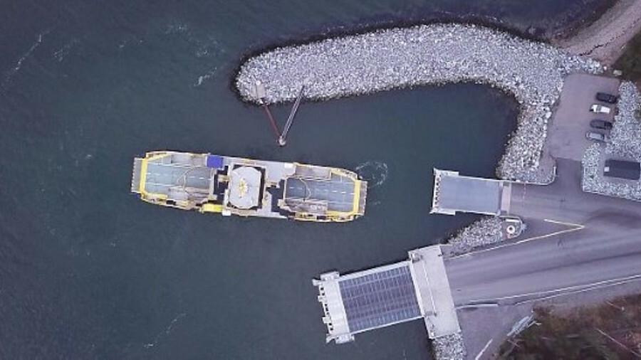 Falco docked and undocked itself using Rolls-Royce's autodocking system