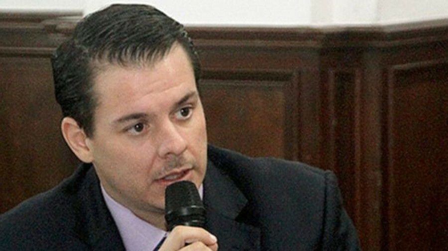Alfonso Castillero (LISCR): Would like to see flag develop the technical aspects of shipping