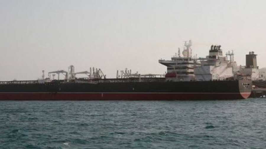 Tankers loading at an Iranian oil terminal (credit: Iran Oil Terminal Company)