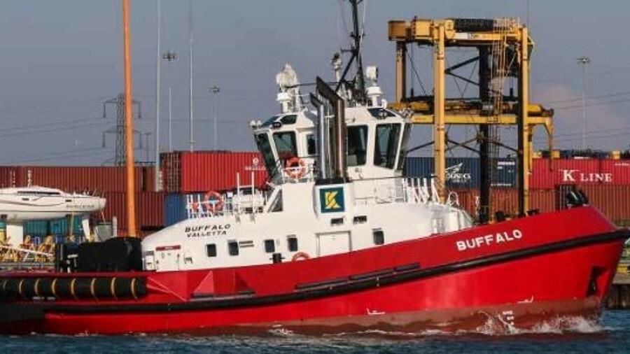 Kotug Smit operates tug <i>Buffalo</i> in Southampton (credit:Andrew Sassoli Walker)