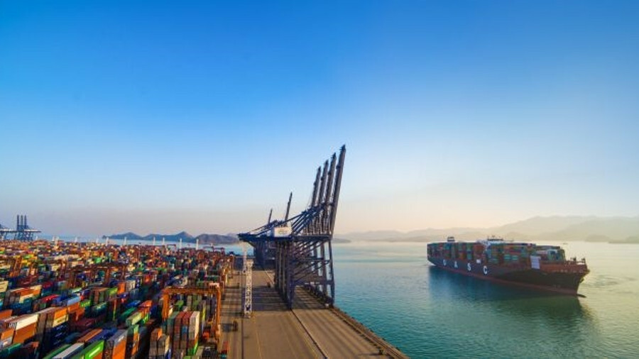 Hapag-Lloyd's Sajir represents an important test case for retrofits on big vessels