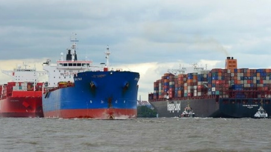 X Hamburg Port has been given the green light to dredge the River Elbe, which will allow more ships