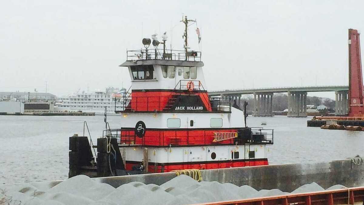 Riviera Maritime Media - News Content Hub - Norfolk Tug