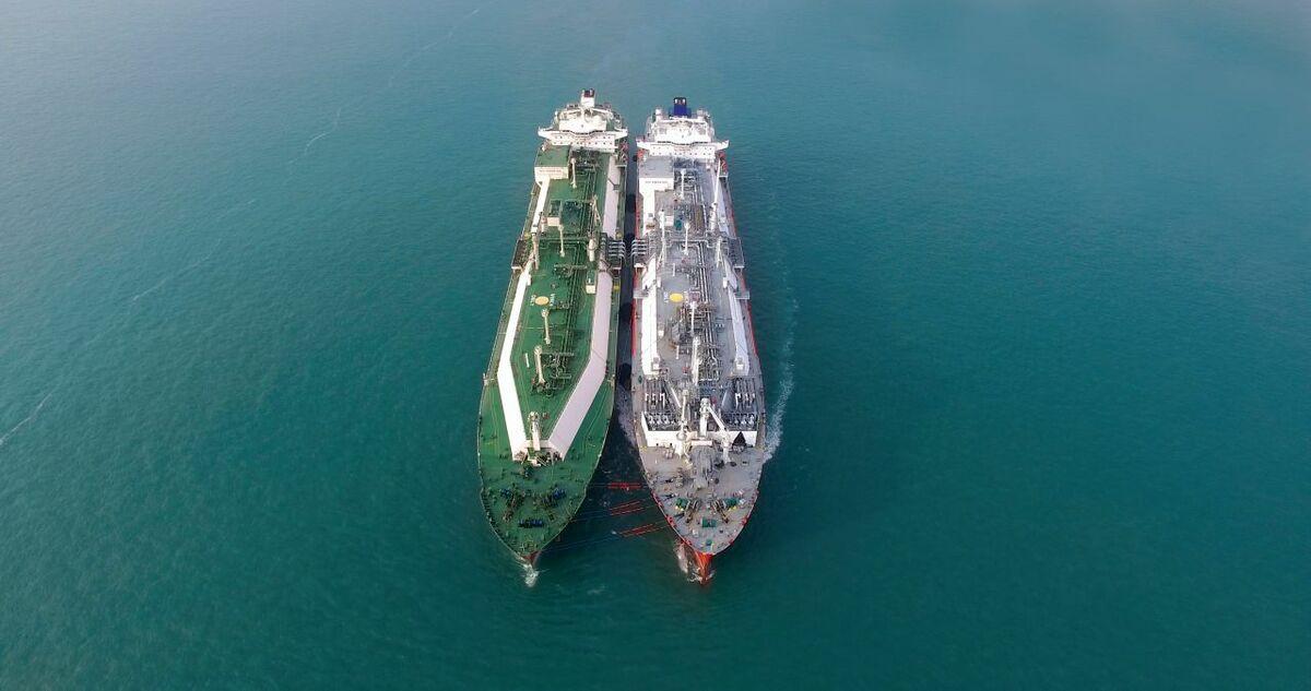 LNG-STS-transfer.jpg