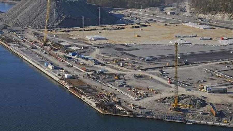 Construction of the Stockholm Norvik Port is on budget and on time (source: Stockholm Hamnar)