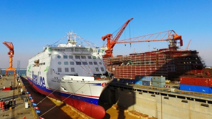 Stena Estrid, prior to being floated out from Avic Weihai shipyard in January