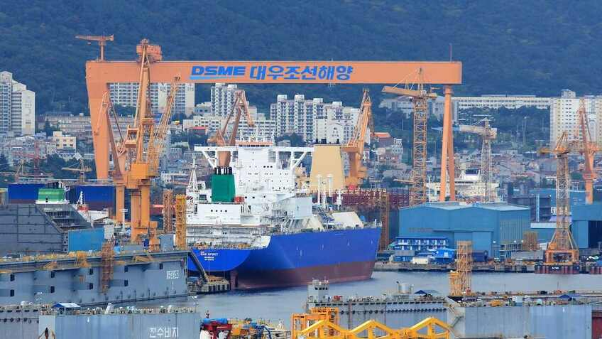 Korean shipyard gains smart ship system approval