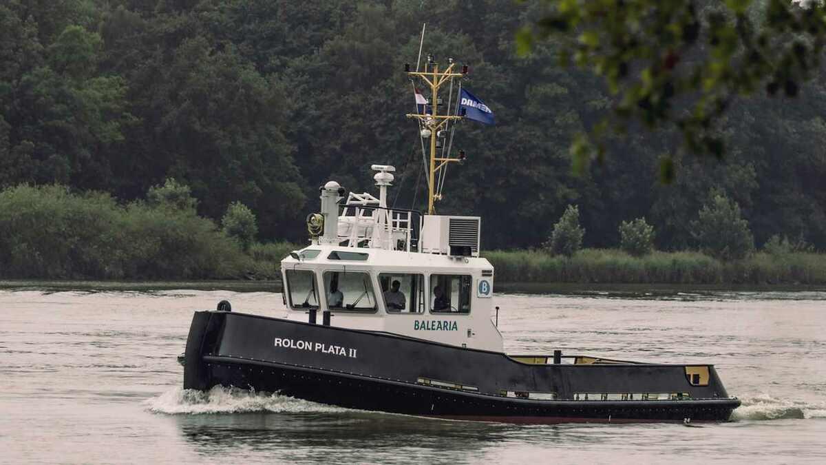 Damen supplied IMO Tier III harbour tug Rolon Plata II to Baleària in June