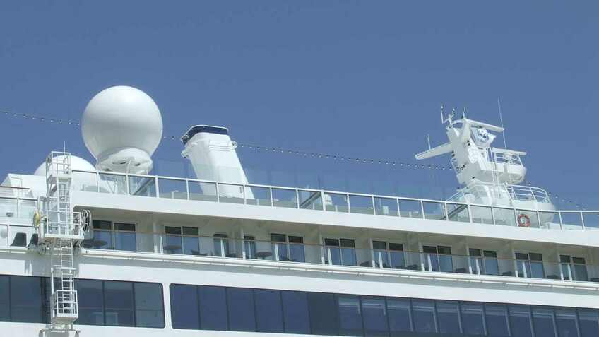 Spirit of Discovery VSAT antennas (source: Riviera)