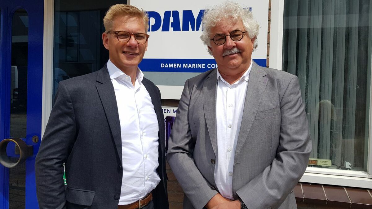 (l-r) Peter Kok (WK Hydraulics) with Steef Staal (DMC)