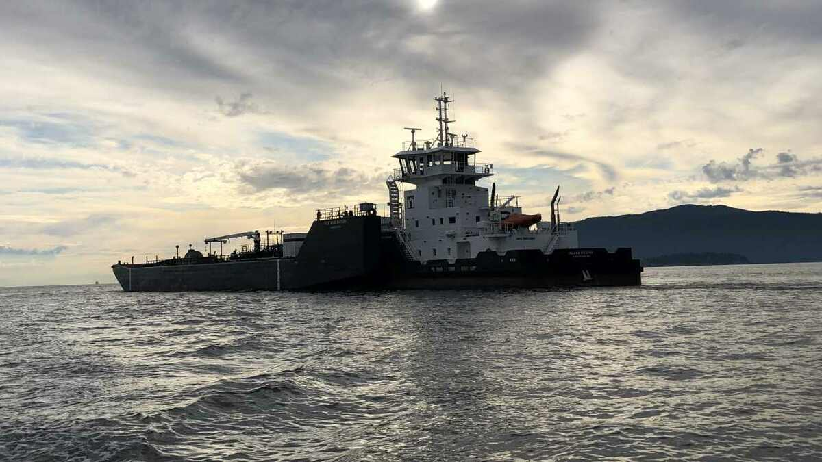 Island Regent ATB will transport refined oil in British Columbia