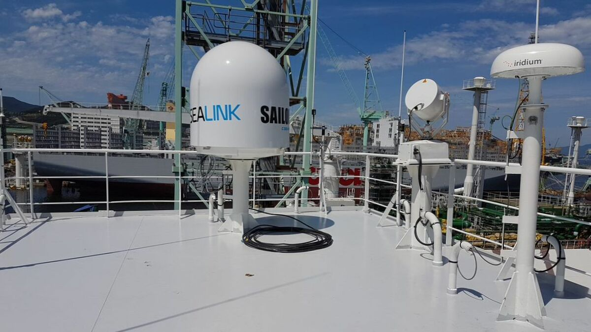 VSAT and L-band backup satellite communications on Teekay Offshore shuttle tanker Beothuk Spirit