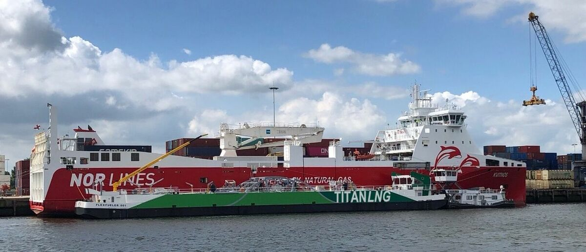Europe's first LNG inland bunker barge