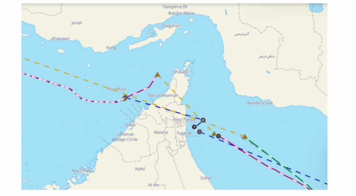 Going dark in the Gulf: vessels turn off their AIS transmission before entering Iranian waters