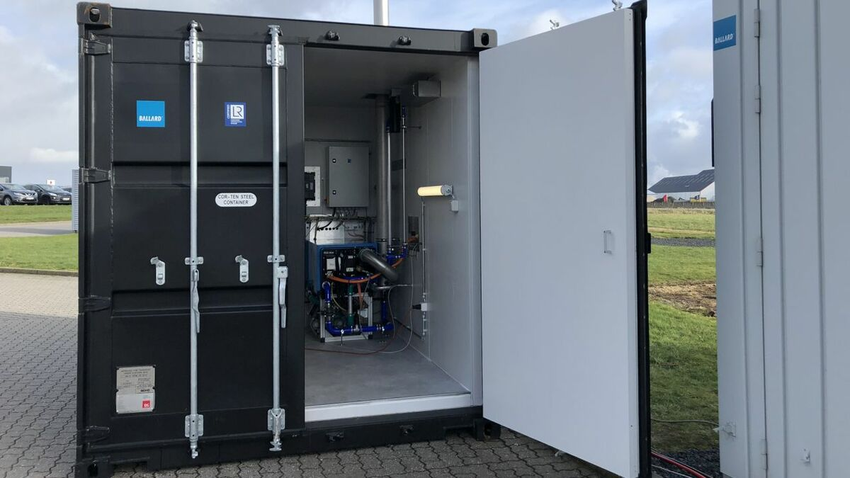 A containerised fuel cell for the project was shipped to Kongsberg's test lab in April this year