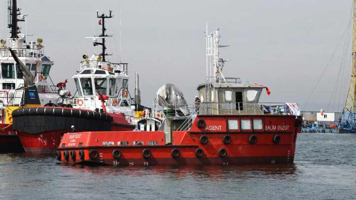 Sanmar built Salim Duzgit as a new 20 m utility workboat for Bosporus operations