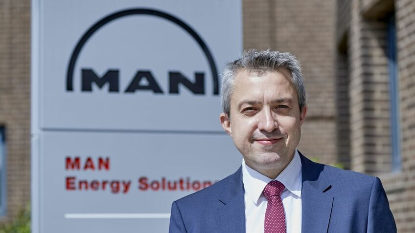 Brian Østergaard Sørensen (MAN Energy Solutions): Users should avoid mixing different fuel batches