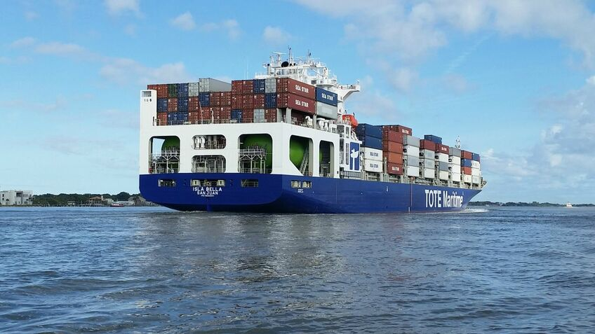 Tote's Isla Bella was one of the first LNG-fuelled container ships to be built