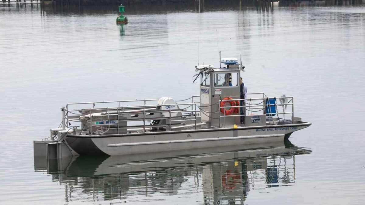 Sea Machines and MSRC controlled an oil spill response vessel remotely in US tests